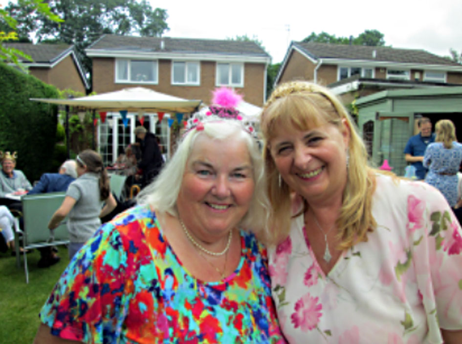 'Royal' Garden Party at Barbara & Martin's home in Poynton 2016